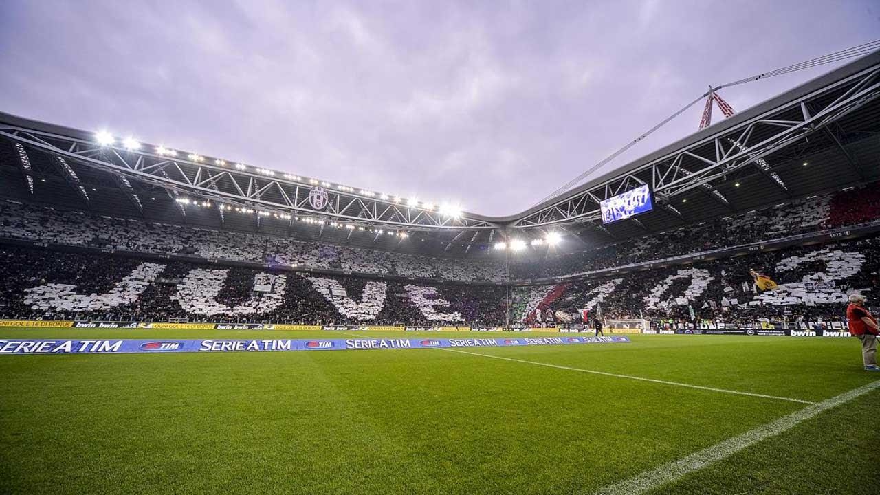 La coreografia dello Stadium prima di Juventus-Roma - Stadium choreography pre-Roma