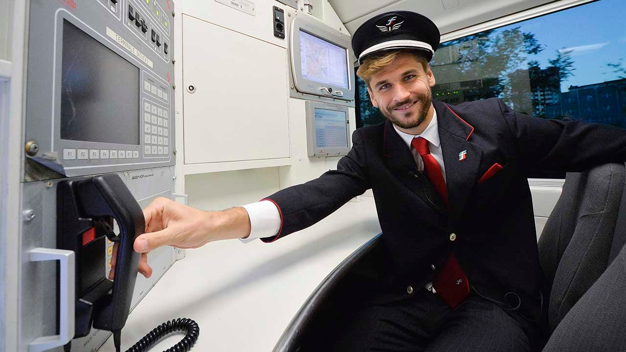 Sali sul Frecciarossa... e incontri la Juve - Hop on board the Frecciarossa…and meet Juventus stars