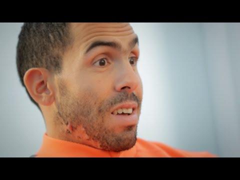 Carlitos e le vostre #ThingsTevezCouldDribble - Carlitos checks out your entries