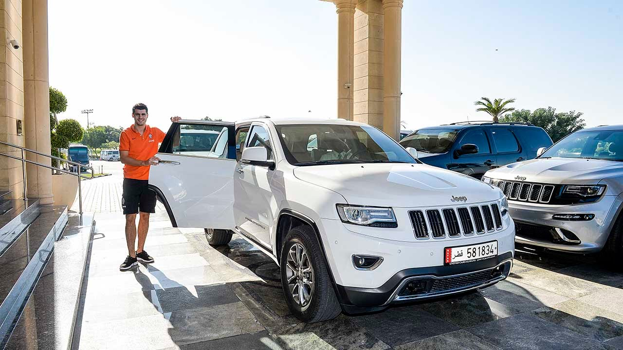 Doha: Morata all'allenamento con Jeep - Doha: Morata travels to training in a Jeep